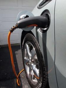 Recharge Chevrolet Volt 2012 chargeur 120V  - essai routier