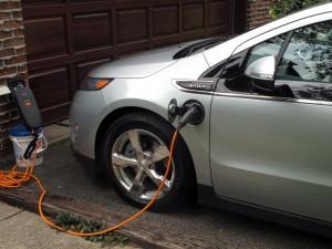 Recharge voiture électrique Chevrolet Volt chargeur portatif 120 Volts  - essai routier