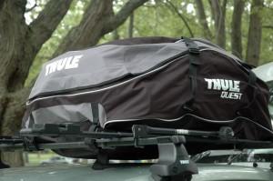 Sac à bagage de toit Thule Quest 846 sur une Toyota Prius