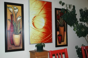 Photo d'un cadre de chauffage à rayonnement infrarouge Redwell installé au mur