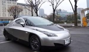 Voiture électrique Sim-Cel à moteurs-roues