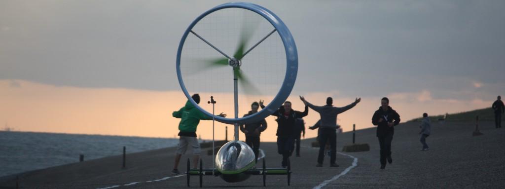 Voiture mue à l'énergie éolienne Chinook de l'ETS