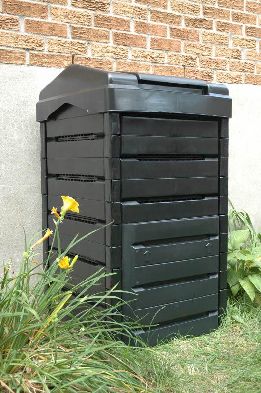 le lombricube un composteur pour le lombricompostage. Black Bedroom Furniture Sets. Home Design Ideas