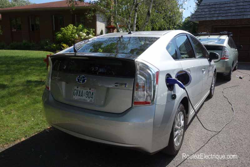 Recharge Toyota Prius branchable - Plug-In Prius charging