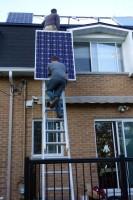 Installation panneaux solaires PV SolarWorld 265W monocristallins sur ma maison de Montréal, au Québec