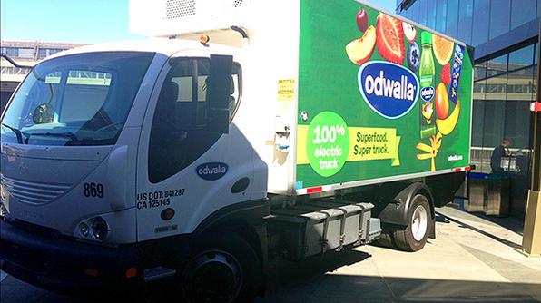 Coca-Cola camion livraison hybride branchable Odwalla
