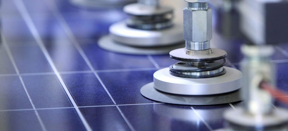 Les panneaux solaires photovoltaïques constitués de 60 cellules au silicium polycristallin de JA Solar établissent un record de puissance de sortie nominale de plus de 280 W