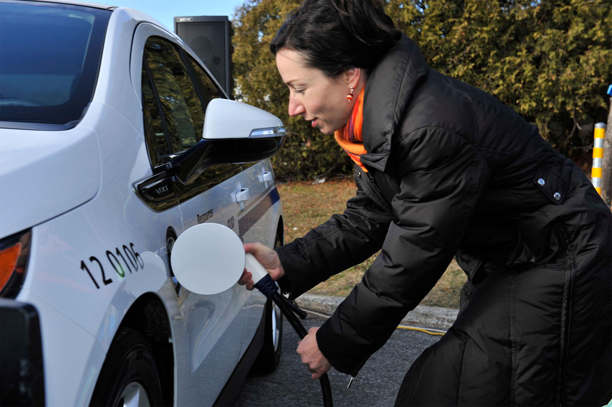 Électrification des transports – Branché au travail : 3 500 nouvelles bornes électriques