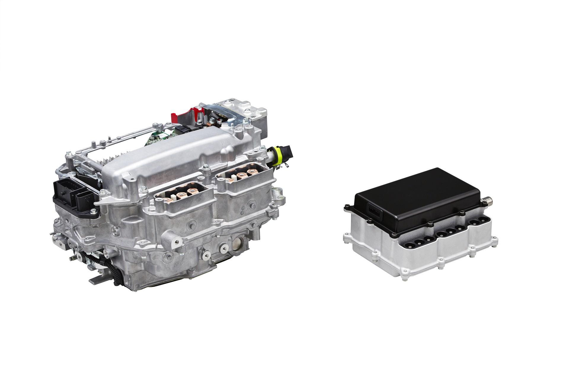 Toyota met au point de nouveaux semiconducteurs pour améliorer l'efficacité énergétique des voitures hybrides