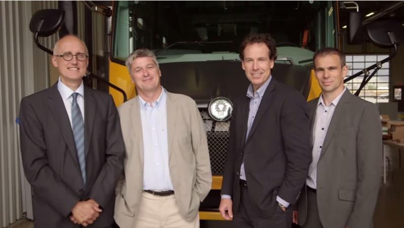 Le premier autobus scolaire électrique au monde est québécois – un reportage de VERT et NET