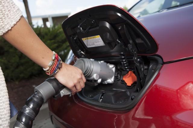 Nissan LEAF - borne de recharge rapide Circuit Électrique