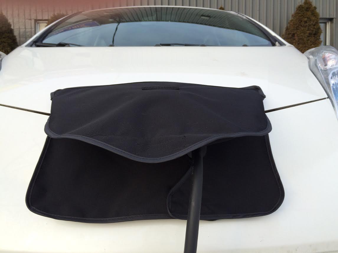 housse pour trappe de recharge de Nissan LEAF - protège le port de recharge de la plie verglacante, du verglas et de la neige l'hiver