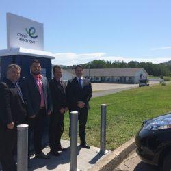 Inauguration des bornes de recharge rapide pour voitures électriques en Gaspésie