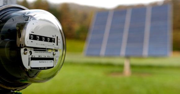 compteur-electrique-panneaux-solaires