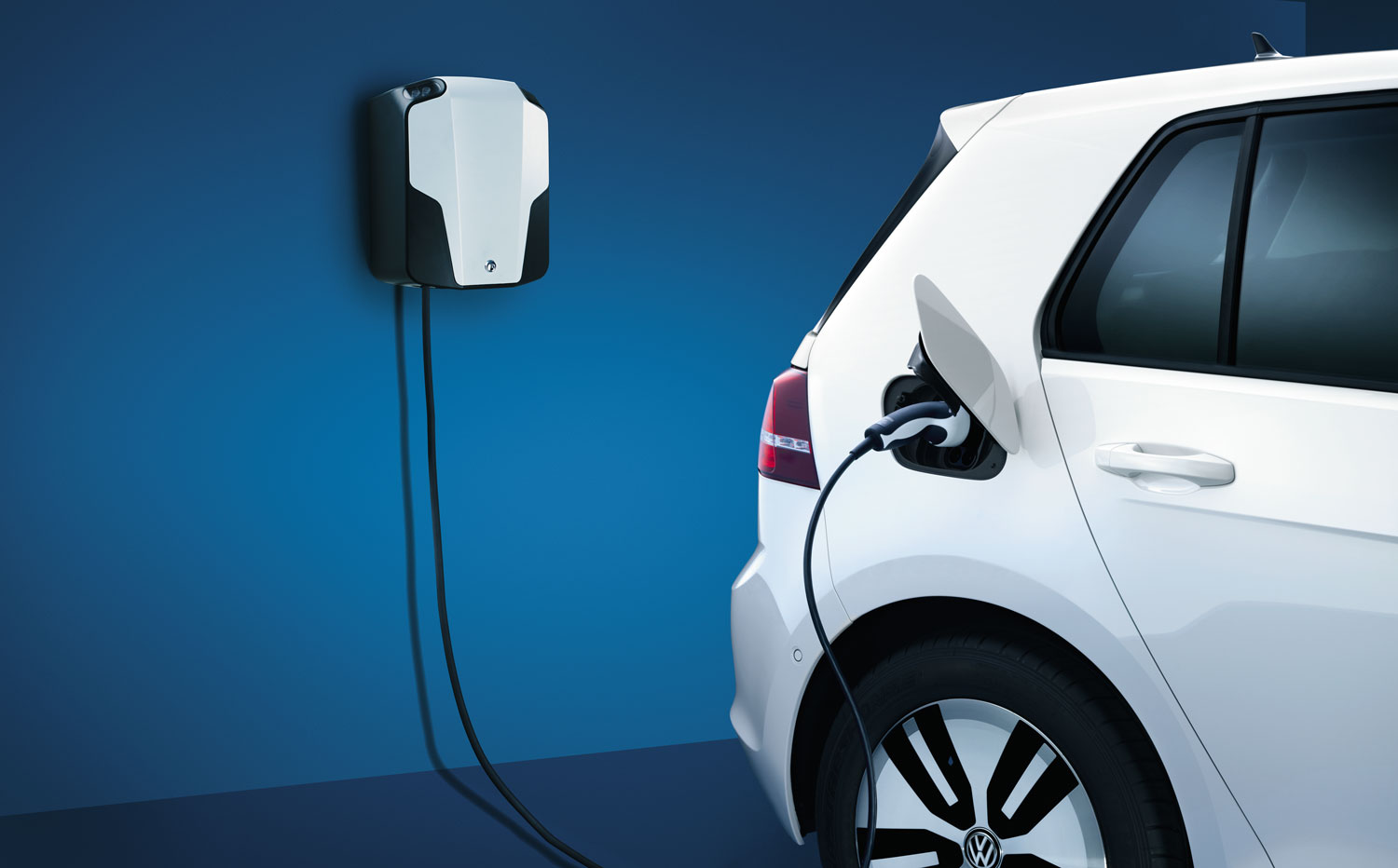 e-golf-charge-large