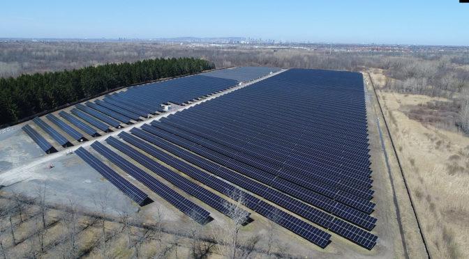 Hydro-Québec inaugure ses deux premières centrales solaires