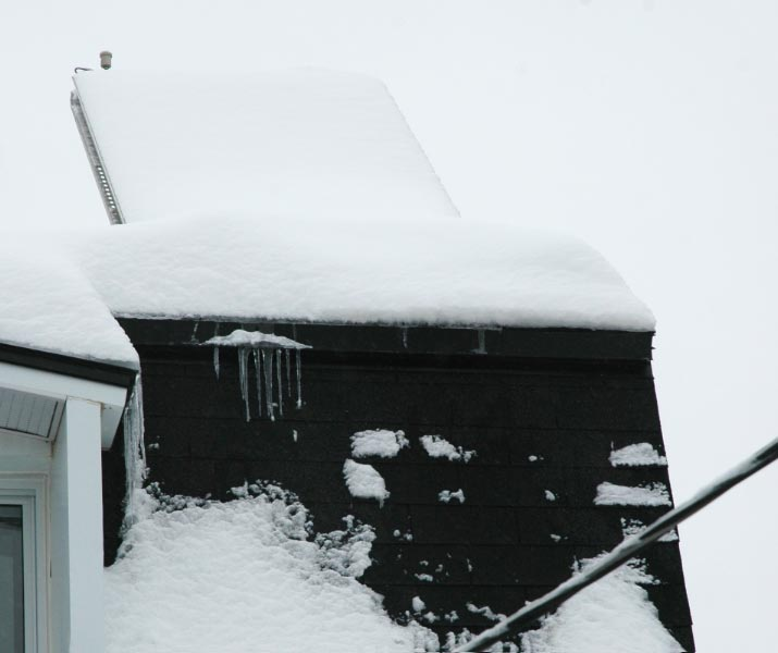 Solar Collector under snow - Water Heating system